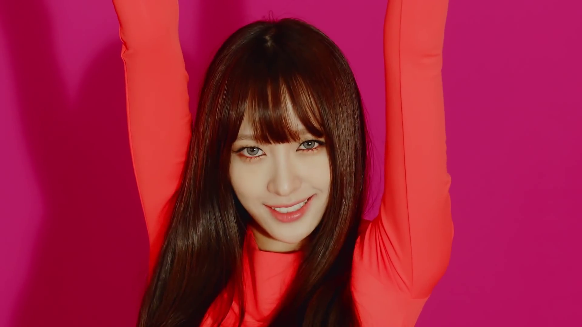 exid-up-and-down-review-hani-solji-junghwa-le-comeback-lyrics-gif-7