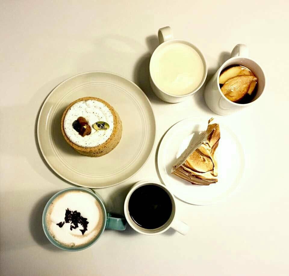 カフェの食べ物の写真